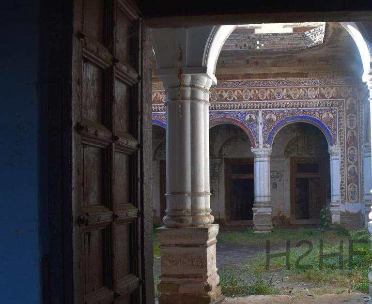 Sikh Bedi Mahal Kalar Syedan, Potohar